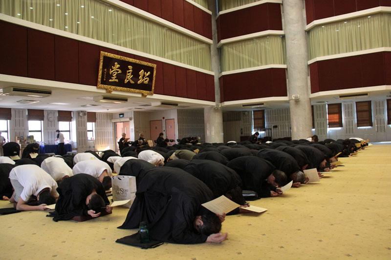Kong Meng San Phor Kark See Monastery 187 8 Precepts Retreat